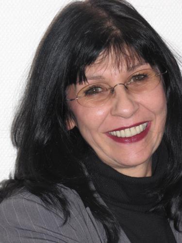 Frau <b>Claudia Geier</b> - 500
